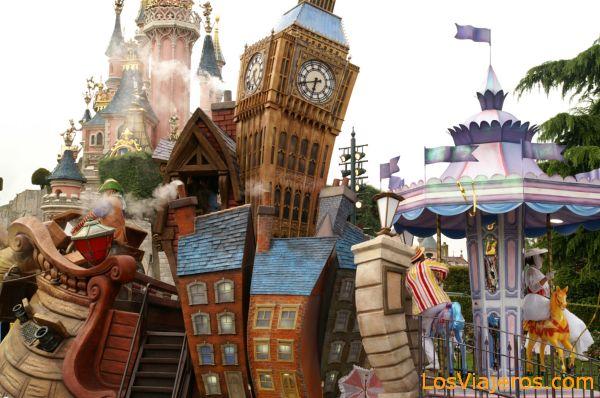 Desfile por la tarde - Disneyland - Francia Afternoom Parade - Disneyland - France