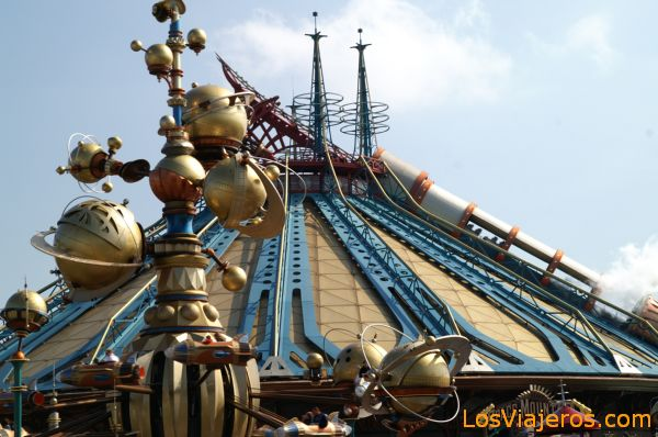 Space Mountain Mission 2 -Discoveryland- Disneyland - Francia Space Mountain Mission 2 - Disneyland - France