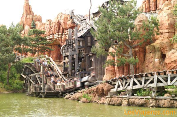 La Vagoneta - poblado minero - Disneyland - Francia Thunder Mesa Railroad-Frontierland- Disneyland - France