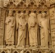 Ir a Foto: San Denis pedio la Cabeza -Notre Dame- Paris  Go to Photo: Saint Denis without head in Notre Dame - Paris