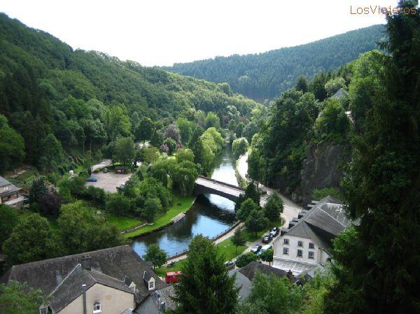 Esch-Sur-Sûre - Luxembourg Esch-Sur-Sûre - Luxemburgo