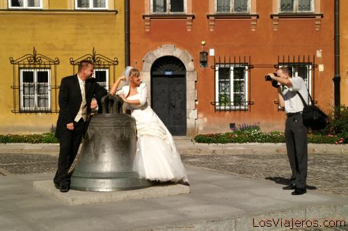 Wedding Photographer in the Old Town of Warsaw- Poland Fotografo de bodas -Casco antiguo de Varsovia- Polonia