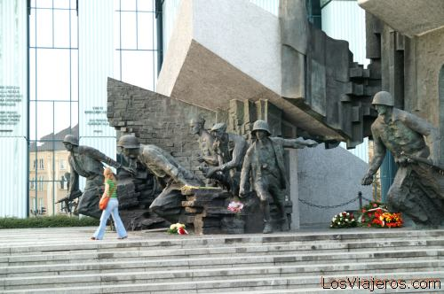 Monumento al Levantamiento de Varsovia- Polonia