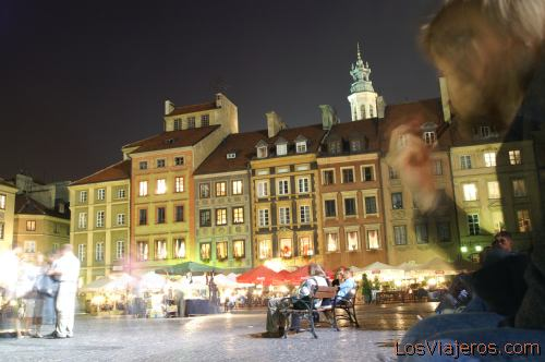Main Square in the Old City of Warsaw- Poland Plaza de la Ciudad Vieja de Varsovia- Polonia