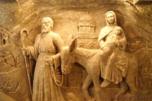 Salt scultures -Wieliczka- Poland Retablo con figuras esculpidas en Sal -Wieliczka- Polonia