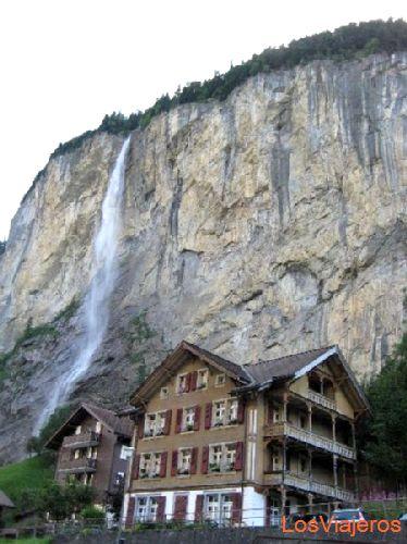 Lauterbrunnen - Switzerland Lauterbrunnen - Suiza