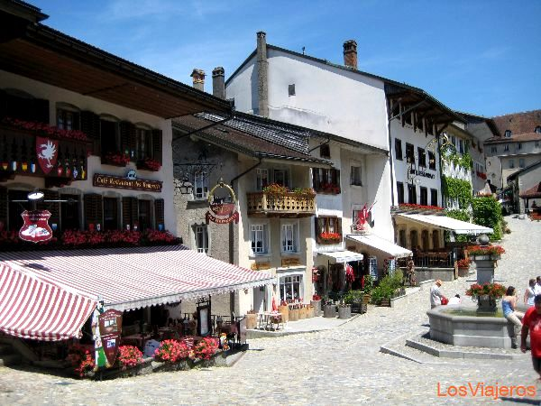 Gruyère famouse for the cheese - Switzerland Gruyères, pueblo famoso por su queso - Suiza