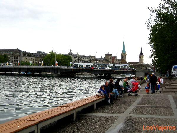 View of Zurich - Switzerland Vista de Zurich - Suiza