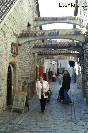 St. Catherine's Passage - Tallinn - Estonia Pasaje de Santa Catalina - Tallin - Estonia