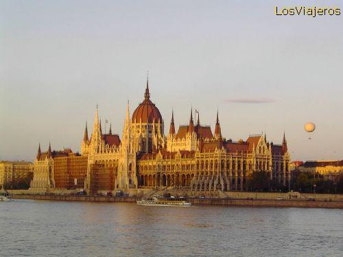 Parliament Building -Budapest- Hungary Edificio del Parlamento- Budapest- Hungría - Hungria