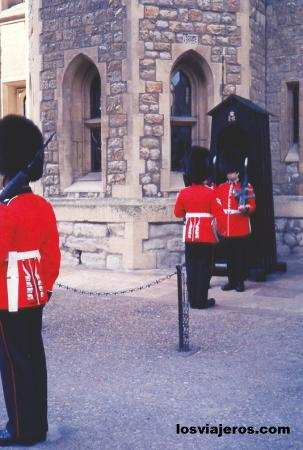 Inside the Tower of London - Londres - United Kingdom Interior de la Torre de Londres - Reino Unido