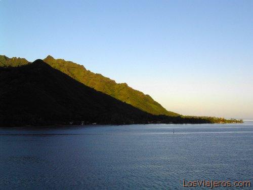 Moorea sunrise - Oceania Amanecer en Moorea - Oceania