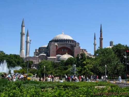 The Blue Mosque - Istanbul - Turkey. - Asia La Mezquita Azul - Estambul -Turquía - Asia