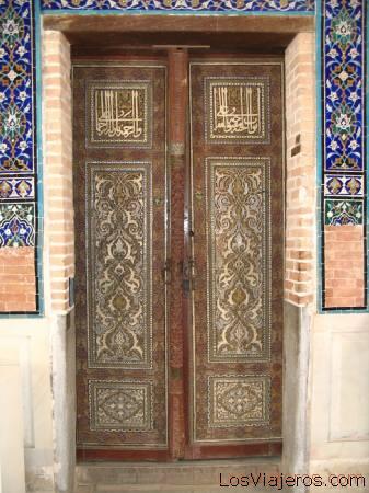 Further on door - Samarkand - Uzbekistan - Asia Puerta del Más Allá.-Samarcanda -Uzbekistan - Asia
